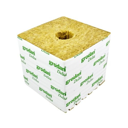 "GRODAN STRIP of 6 X 4"" CUBES (SMALL HOLE 25MM)"